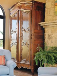 Mediterranean Living-rooms from Betty Lou Phillips on HGTV