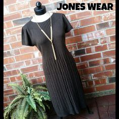 "🔮BOGO FREE Jones Wear Brown Sweater Dress 🔮Everything in my closet is temporarily BOGO HALF OFF. See closet sale listing for rules & end date.🔮  REDUCED FROM $39 TO $18! FINAL REDUCTION!  It's in excellent condition, chocolate brown & a sweater material. It's short sleeved &  perfect for Fall weather. This is a high quality dress & has some weight to it. It's 40"" long. It's great w/tights & boots. It would best fit sizes 10-12.  *Necklace not included. Jones Wear Dresses"
