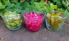 A makrobiotikában a nyári salátákra és savanyúságokra a könnyed és gyors elkészítés jellemző. Most bemutatom hogyan kell elkészíteni az egészséges nyári makrobiotikus saláták legtipikusabb képviselőjét: a nyári gyors prés salátákat Watermelon, Stuffed Peppers, Vegetables, Fruit, Food, Stuffed Pepper, Essen, Vegetable Recipes, Meals