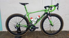 """2017 Giant TCR Advanced Pro with Ultegra 8000 and Fast Foward 60mm Carbon clinchers Giant SLR integrated bars.. Green Jersey """"Michael Mathews"""" colour scheme.. @bling90"""