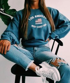 Fashion Outfits 2019 Outfits casual Outfits for moms Outfits for school Outfits for teen girls Outfits for work Outfits with hats Outfits women Fall Outfits For School, Winter Outfits, Summer Outfits, Back To School Outfits Highschool, School Wear, Teen Fashion Outfits, Mode Outfits, Fashion Fashion, Winter Fashion