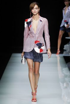 Giorgio Armani, Look #40 #fashion #trends #luxury #designers #design #details #textiles #textures #fashionweek #style #runway #forecast #ss16