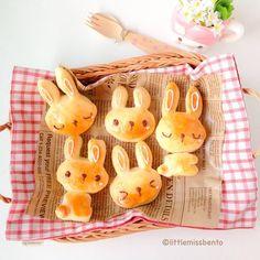 Rabbit bread buns by Shirley, Bento Artist