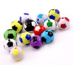 5 FOOTBALL ACRYLIC BEADS CHARMS 20mm Jewellery Making Pendants Mixed Colours - The Handmade Craft Centre £1.29