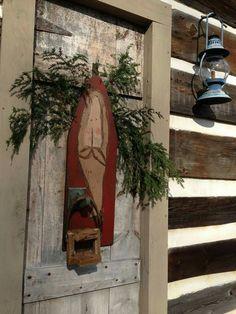 Prim wood Santa wall hanging.
