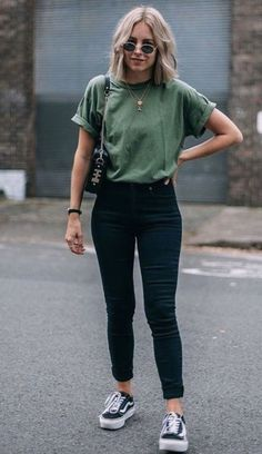 casual outfits for winter ; casual outfits for women ; casual outfits for work ; casual outfits for school ; Spring Outfit Women, Cute Spring Outfits, Cute Jean Outfits, Winter Outfits, Spring Wear, Flannel Outfits, Spring Style, Mode Outfits, Fashion Outfits
