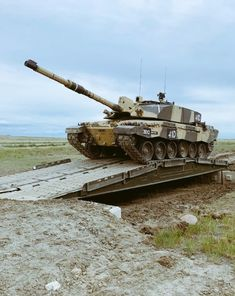 Battle Tank, Military Photos, British Army, Military Vehicles, Engineering, History, Tanks, Modern, Armour