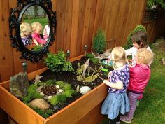 This is a great area, i like the outside mirror preschool garden, sensory garden Outdoor Learning Spaces, Kids Outdoor Play, Outdoor Play Areas, Backyard Play, Eyfs Outdoor Area Ideas, Backyard Games, Outdoor Fun, Outdoor Spaces, Preschool Playground