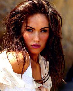 Megan fox @Melissa Schmalshof  our girl crush??