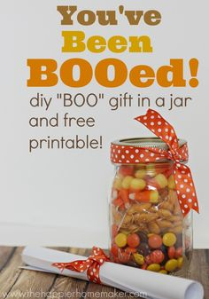 "super cute ""you've been BOOed"" mason jar gift and free printables for Halloween!"