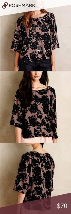 """ANTHROPOLOGIE Paper Crown Raindrop Blouse LTD EDT Super cute online exclusive collaboration between Anthropologie and Paper Crown! Size small pull over style Blouse that is effortless and cool! Brown black flow rap pattern- looks great with dark jeans or leather leggings! Perfect night out top! Worn a few times- perfect condition! 27"""" L, vented Hem sides and flowing 3/4 sleeve Anthropologie Tops Blouses"""