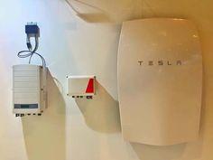 La batería para el hogar de Tesla son acumuladores que llegan al mercado para complementar instalaciones fotovoltaicas y de los que ya sabemos resultados