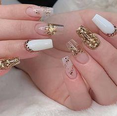 Silver Nail Designs, Acrylic Nail Designs, Gold Acrylic Nails, Nail Art Designs Videos, Nail Designer, Sparkle Nails, Luxury Nails, Dope Nails, Rhinestone Nails