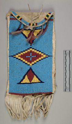 Женская сумочка, Арапахо. Б. Размер: 12 х 7 дюймов. Коллекция Emile Granier, 1898 год. NMNH.