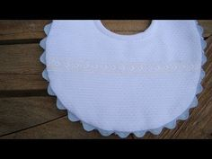 Create Your Own Stunning Website for Free with Wix Baby Bib Tutorial, Crochet Bib, Baby Pillows, Sewing Techniques, Baby Bibs, Baby Dress, Smocking, White Shorts, Create Your Own