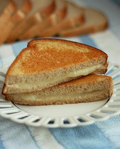 Healthy Grilled Cheese Sandwich, say what? Even better than it's unhealthier opponent! use olive oil instead of butter to get that yummy crust Healthy Cooking, Cooking Recipes, Healthy Eating, Snacks Recipes, Wrap Recipes, Healthy Foods, Cooking Tips, Recipies, Healthy Recipes