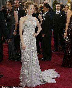 Amanda Seyfried's Alexander McQueen gown