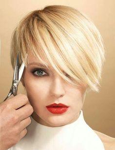 *** Queste signore dimostrano che un taglio di capelli corto è davvero incredibile!! Quale acconciatura pensa voi ragazzi è la più bella…