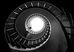фото винтовых лестниц снизу: 18 тыс изображений найдено в Яндекс.Картинках