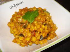 Recipe: Aakhi Dar nu Saag Also known as: Split Yellow Pea Curry/Aakhi Dar jo Saag Categories: Main Dishes; lentils Accompaniments: Rotli, Rice Source: N/A Servings: 4-5 Ingredients: Base ingredient...