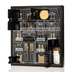 96 Best Beauty Advent Calendars for Christmas 2019 - Hot Beauty Health Looking for Christmas gift ideas for her? Check out this huge list of the best beauty advent calendars for the 2018 holi. Beauty Advent Calenders, Best Beauty Advent Calendar, Advent Calendars, Makeup Advent Calendar, Kids Calendar, Calendar Design, Calendar 2018, Creative Box, Creative Video
