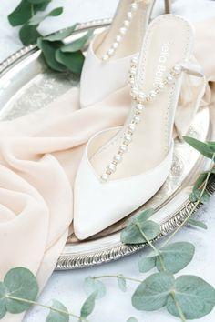 Catherine Deane Dress, Catherine Deane Bridal, Wedding Shoes, Wedding Day, White Spray Roses, Bridal Heels, Wax Flowers, Blush And Gold, Bridal Shoot