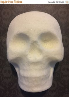 Preblackfriday Skull head bath bomb, skull bath bomb, skull fizzies, custom Halloween bath bombs, spooky bath bombs, Halloween bath bombs, c