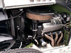 0810sr 06 Z+1932 Ford Dynaliner Deuce Roadster+engine