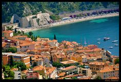 Nice view of Nice The Beautiful Country, Beautiful Places, Cool Places To Visit, Places To Go, Provence, Paris Nice, Villefranche Sur Mer, Exotic Beaches, Holiday Places