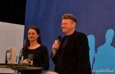 """Wolfgang Tischer interviewt die """"Hybrid-Autorin"""" (sowohl Self-Publisher, als auch Verlagsautorin) Annelie Wendeberg zu ihrem Werk """"Teufelsgrinsen: Ein Fall für Anna Kronberg"""" http://violabellin.de/die-leipziger-buchmesse-2014/"""