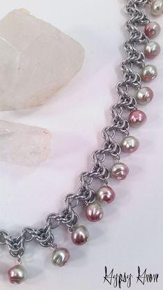 Flecha Byzantine Chainmaille collar de perlas de cristal rosa