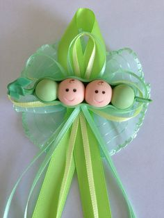 Pea in a Pod Mommy To Be Corsage Pin Capia for Baby Shower Sweet Pea