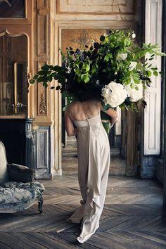 Zorg dat je bruidsboeket niet al te zwaar is ... ;-) Springtime // Pocketful of Posies – AphroChic