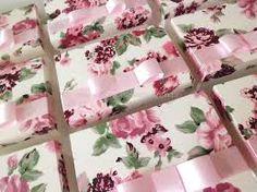 Resultado de imagem para tecido floral