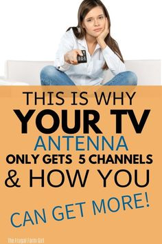 Did you purchase an HDTV antenna? Does it suck? I thought mine did too, until I tried this trick and now get over 60 channels! Diy Tv Antenna, Outdoor Tv Antenna, Tv Hacks, Netflix Hacks, Watch Tv For Free, Tv Without Cable, Tv Options, Cable Options, Cable Tv Alternatives
