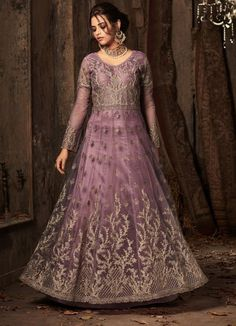 Mauve heavy worked gown is a perfect attire for any party. New variety has came. cont for more at 9891403364 Designer Anarkali Dresses, Designer Dresses, Punjabi Suits Online Shopping, Latest Anarkali Suits, Latest Designer Sarees, Salwar Kameez Online, Types Of Dresses, Purple Dress, Cotton Dresses