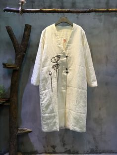 High Quality V-Neck Lotus Embroidery Cotton Linen Coat Womans Loose Quilted Coat Summer Coats, Fall Outfits, Fashion Outfits, Over 50 Womens Fashion, Linen Dresses, Trendy Dresses, My Wardrobe, Coats For Women, White Lotus