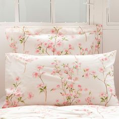 - - - Bed linen Romantic - Bed linen Zara Home Bed Sets, Bed Linen Sets, Linen Bedroom, Bedroom Bed, Linen Bedding, Bed Linens, Bedrooms, Brown Bed Linen, Neutral Bed Linen