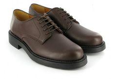 Zapato estilo Gibson de alta calidad Vegetan-Micro. Con suelas antideslizantes, de goma de peso medio. Muy cómodos. Impermeables. Fabricados en Portugal.
