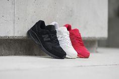New Balance 530 Monochrome #sneakernews #Sneakers #StreetStyle #Kicks
