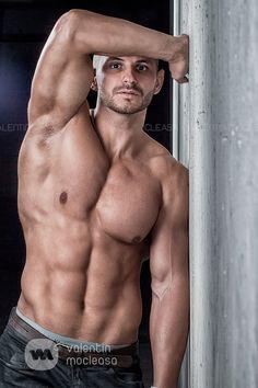http://3.bp.blogspot.com/-gjBGDYgAa0o/U5nPwKvjq0I/AAAAAAAAY_s/3JFsDf6dO8I/s1600/Super-Sexy-Handsome-Hunks-of-All-Time-004.jpg