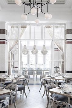 Bottiglia Cucina Enoteca, Henderson, NV, USA. Interior Design by Studio Munge. | Follow @studiomunge | www.studiomunge.com