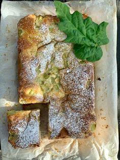 Helppo ja mehevä raparperikakku - tie raparperitaivaaseen - Himahella Cake Recipes, Dessert Recipes, Desserts, Spanakopita, Avocado Toast, Tart, Cake Decorating, Sweets, Bread