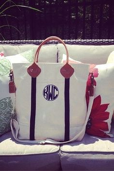 A monogrammed Tote bag is the prefect preppy accessory for traveling.  #monogramtote #threehipchicks #preppy