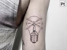 """725 curtidas, 5 comentários - Tattooer#Madrid (@pt78tattoo) no Instagram: """"lighthouse with light bulb"""""""