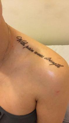 Tatouage De Femme Tatouage Citation Phrase Sur Epaule Tatouage