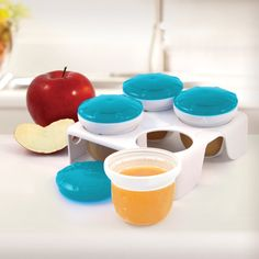 Store food is Munchkin's freezer cups. #weePLAN #backtoschool