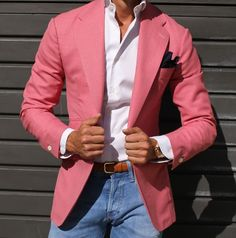 "Hello, Today we bring to you one of the most interesting topics in the fashion community which is ""Best Casual Suits Outfit for Men"". Traje Casual, Casual Suit, Casual Blazer, Blazer Outfits, Casual Outfits, Men Casual, Casual Attire, Sharp Dressed Man, Well Dressed Men"