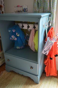Montessori toddler dresser solution. DIY makeover old dresser.