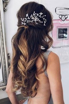 Wedding Hair Down romantic waves half up half down wedding hairstyle for long hair - Half-up half-down hairstyles are the best of both worlds when it comes to wedding hair: you get the polished look of an updo with the ease and glamour of Prom Hair Down, Wedding Hair Down, Wedding Hair And Makeup, Bridal Hair, Wedding Nails, Wedding Jewelry For Bride, Curly Wedding Hair, Romantic Wedding Hair, Timeless Wedding